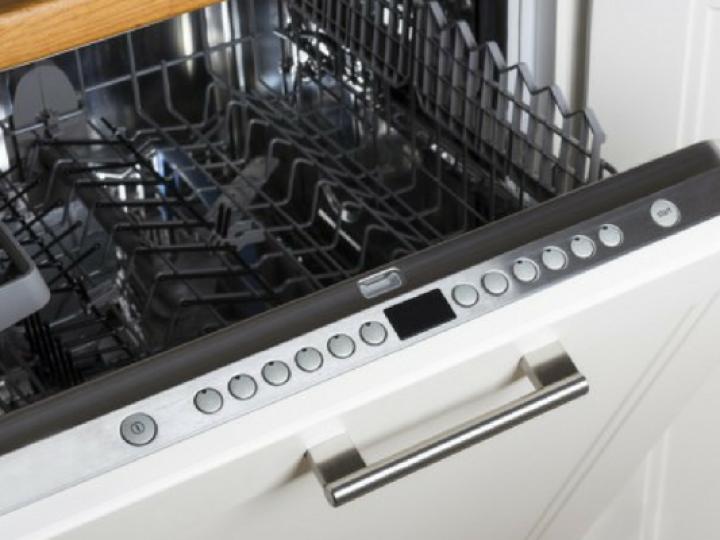 eliminar-olores-del-lavavajillas