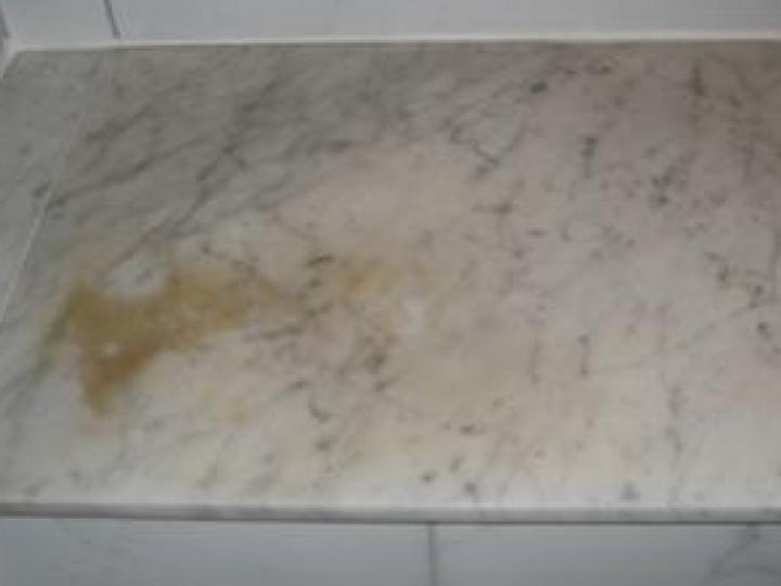 manchas-de-grasa-marmol
