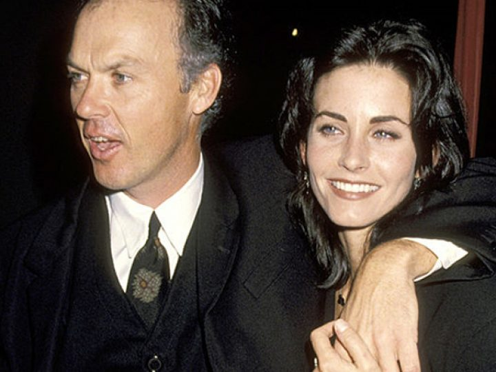 Michael Keaton y Courtney Cox