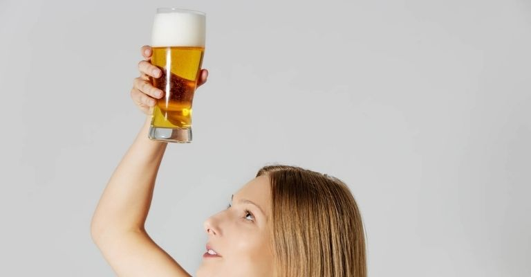 aclarar-cabellos-con-cerveza